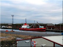 TA0827 : Albert Dock by John Lucas