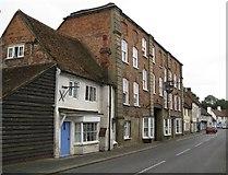SU8294 : West Wycombe: George & Dragon by Nigel Cox