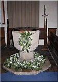 TL7388 : St James Church, Hockwold cum Wilton, Norfolk - Font by John Salmon