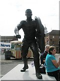 SU6200 : Statue honouring The field Gunner near HMS Victory by Basher Eyre