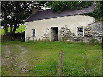 G9174 : Lovely old house in Rossilly by louise price