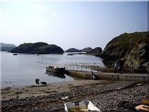 NC1648 : Slipway at Tarbert for Handa Island by Tom Pennington
