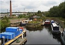 SE2718 : Horbury Bridge Basin by SMJ