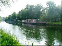 TQ1281 : Grand Union Canal, Southall by Phillip Perry