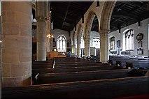 SD5192 : Holy Trinity Church, Kendal, Cumbria - South arcade by John Salmon