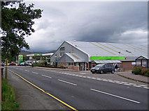 NG6423 : Supermarket, Broadford by Richard Dorrell