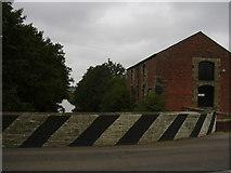 SD4520 : Canal Spur and Warehouse at Bank Bridge, A59 by Robert Wade