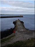 NJ9605 : Old South Breakwater, Aberdeen Harbour by Stanley Howe