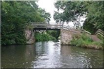TQ0560 : Dodd's Footbridge by Graham Horn