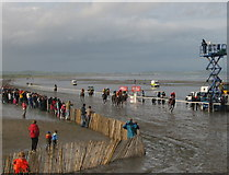 O1672 : Last race at Laytown, Co. Meath by Kieran Campbell