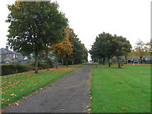 NS4075 : A Dumbarton cycletrack by A-M-Jervis