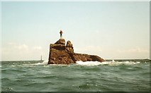 SV8009 : Peaked Rock - Isles of Scilly by Robin Quine
