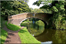 SO8685 : Stourton Bridge No 33, Staffordshire and Worcestershire Canal by Roger  Kidd
