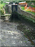 SO8685 : Stourbridge Canal empty below Lock No 19 at Stourton, Staffordshire by Roger  Kidd