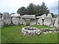 G7154 : Creevykeel Court Cairn by Oliver Dixon