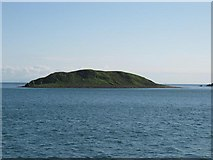 NR7305 : Sheep Island from HMS Campbeltown by Johnny Durnan